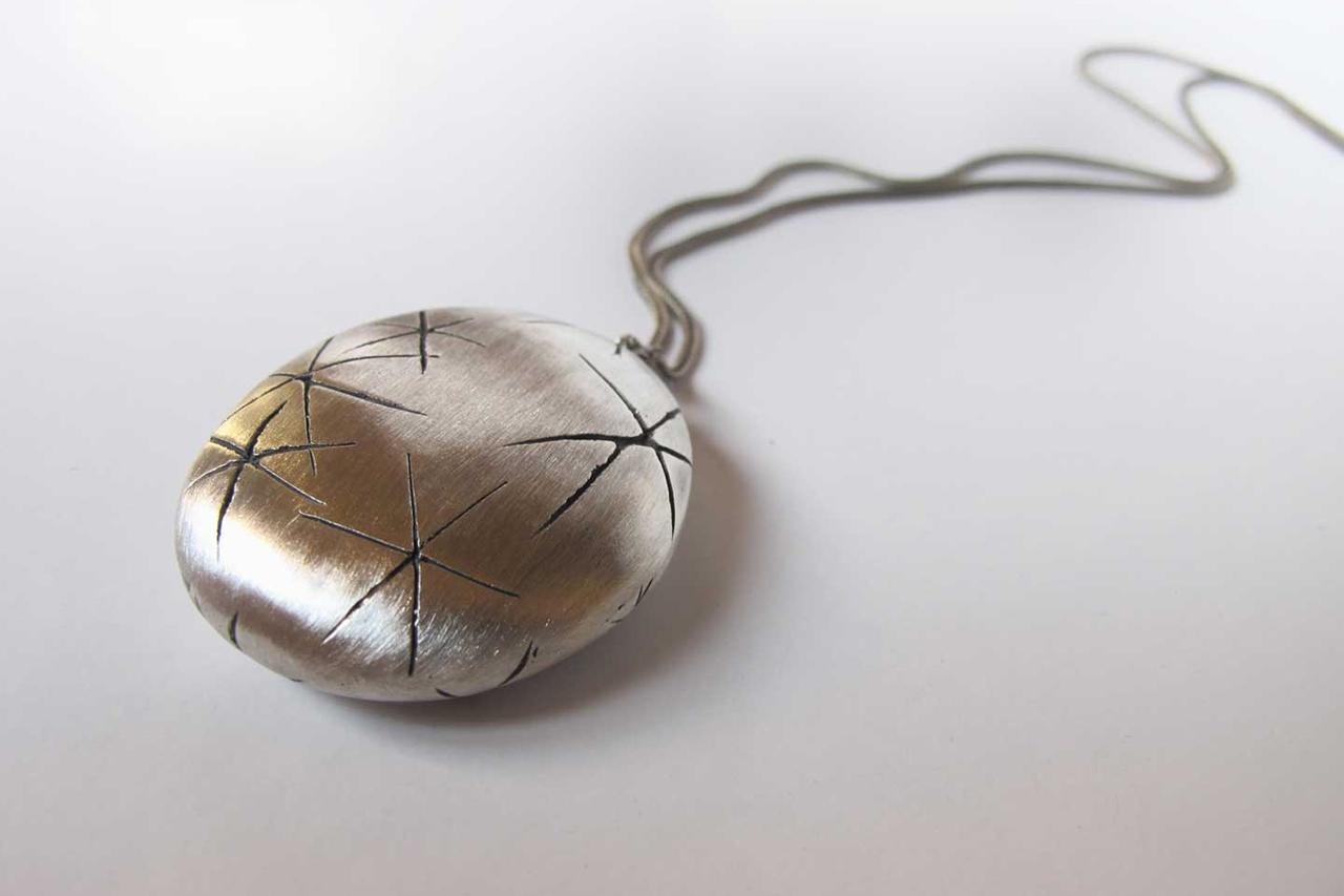 Miroslava Nana (Souljewellery) nabídne šperky v Art-n-Coffe